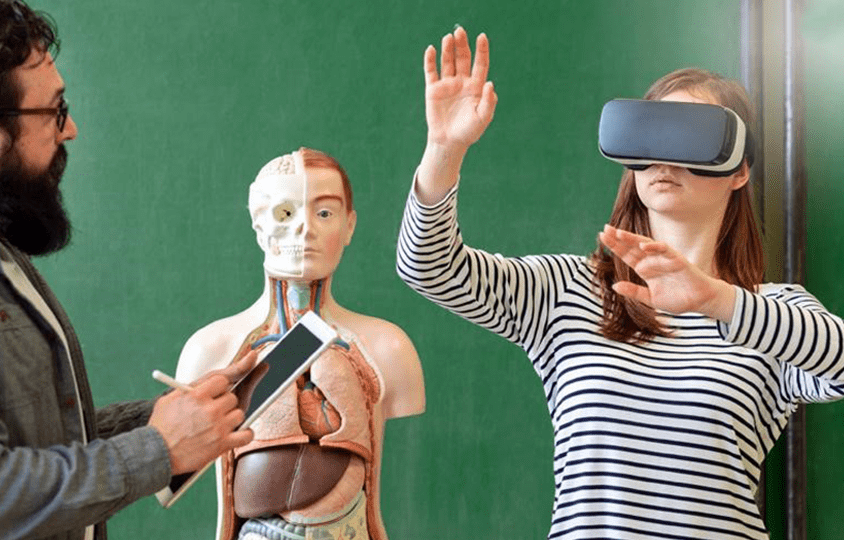 27. How VR can change both Learning and Teaching (October 04 2018)-min